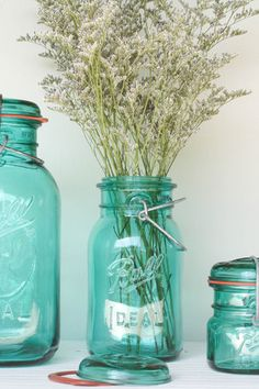 yes indeed, so simple while making a bold statement. I think I'm in love with turquoise.