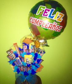 Peluche, globo y chocolates