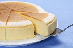 "Continue to be captivated all over the world. Concise ""New York Style Cheesecake"" Recipe Decision Version Japanese Cheesecake Recipes, Fromage Cheese, Cakes Plus, Homemade Sweets, Asian Desserts, Cafe Food, Sweet Cakes, Sweets Recipes, No Bake Cake"