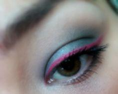Grey smokey & red liner eye makeup  look / julieknowshow.blogspot.com