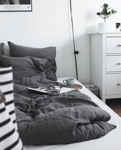 Saturday mood... have a great weekend everyone #weekend #myhome #bedroom…
