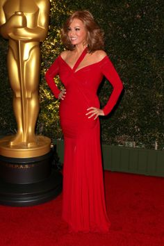 Raquel Welch stunned at the Academy of Motion Picture Arts and Sciences' Governors Awards at The Ray Dolby Ballroom at Hollywood & Highland Center on Nov. 16.