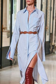 Altuzarra Spring 2020 Ready-to-Wear Fashion Show - Vogue 2020 Fashion Trends, Spring Fashion Trends, Fashion Mode, Fashion 2020, Runway Fashion, High Fashion, Fashion Show, Fashion Design, Fashion Weeks