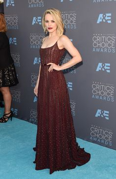 All The Looks On The Critics' Choice Awards Red Carpet - Buzzing Buzz