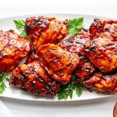 How to make grilled skin-on, bone-in Barbecued Chicken - An easy recipe with step-by-step directions for juicy, delicious grilled Barbecued Chicken without burning the outside and ending up with an undercooked middle! Greek Chicken Recipes, Chicken Thigh Recipes, Barbecued Chicken, Tandoori Chicken, Bbq Pork, Rotisserie Chicken, Mushroom Wine Sauce, Mushroom Gravy, Lime Chicken