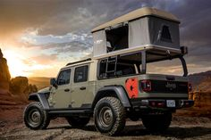Jeep just unveiled six concept vehicles for the annual Moab Easter Jeep Safari. They are all Jeep Gladiator truck-based concepts. Auto Jeep, Jeep Pickup, Jeep Truck, Pickup Trucks, Jeep Jeep, Hummer Truck, Ford Trucks, Jeep Gladiator, Top Tents