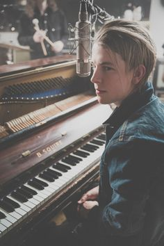 Tom Odell At Forest Live. Support from Rae Morris. 26 June 2015 - Sherwood Pines Forest, Nottinghamshire.12 July 2015 - Cannock Chase Forest, Staffordshire