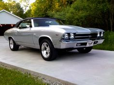 Here's a 1969 Chevelle SS 396 Convertible. The owner pulled the 396 to put in a Would you have done that? DM us your classic car picture for a chance to be featured. Chevrolet Camaro, 1969 Chevelle Ss, Muscle Cars Vintage, Vintage Cars, Vintage Shoes, Vintage Iron, Antique Cars, Buick, Automobile
