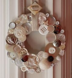 Button Wreath by clairehobby