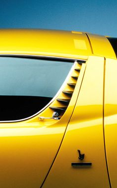 Lamborghini Miura / 80% OFF on Private Jet Flight! www.flightpooling.com  #car #miura