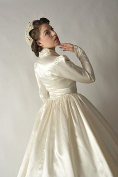 great headpiece and fabric of dress