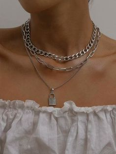 Grunge Accessories, Grunge Jewelry, Jewelry Accessories, Fashion Accessories, Colar Fashion, Fashion Necklace, Fashion Jewelry, Fashion Bracelets, Accesorios Casual