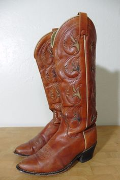70ed73280d2 Acme Vintage Inlaid Leather Cut Out Cowboy Boots Womens Size 7 5