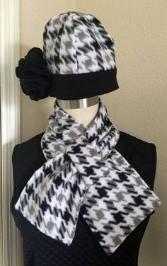 New Handmade Gray and Black Houndstooth Print Fleece Ladies Hat and Scarf Set #Handmade