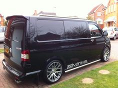 Dear All Here is a chance to get your Van immortalised on a Calendar I have had contact with Dazboi's Boss from the VW dealer Cordwallis – Anyway, they. Vw Transporter Conversions, Vw Transporter Van, Vw Conversions, Camper Van Conversion Diy, Vw T5 Campervan, Vw Caravelle, Nissan Elgrand, Minivan Camping, Cars