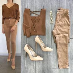 Business Professional Outfits, Business Casual Outfits For Women, Casual Work Outfits, Business Outfits, Classy Outfits, Stylish Outfits, Cute Outfits, Vintage Outfits, Young Professional