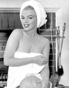 """Marilyn by Andre de Dienes in 1952. """