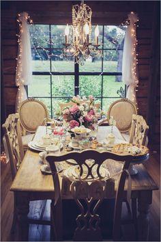 winter dessert table ideas #holidaytable #holidaydesserts #weddingchicks http://www.weddingchicks.com/2013/12/24/winter-dessert-table-ideas/