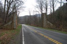 Monongahela National Forest entrance gate along Old US 33 east of Elkins, West Virginia (2008).