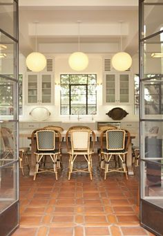 Wonderwall: Jeez Louise these kitchens!!! GWOW!