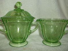 MINT-Uranium-Green-Depression-Glass-Federal-Sylvan-Parrot-Sugar-Creamer-Lid-Starting Bid $249.00.