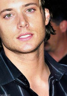 Jensen's early appearances/photoshoots 4 /40 2003 Fox Summer TCA #FRECKLES!