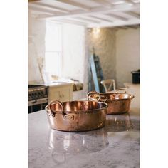 Love the way copper looks in a french provincial kitchen French Provincial Kitchen, French Kitchen, Copper Kitchen, Copper Cooking Pan, Gas Stove Top, Kitchen Remodel Cost, Copper Pans, Copper Utensils, European Home Decor