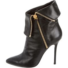 Giuseppe Zanotti Pointed-Toe Ankle Boots (83 KWD) ❤ liked on Polyvore featuring shoes, boots, ankle booties, black, black ankle booties, black bootie, black leather bootie, leather bootie and pointed toe ankle boots