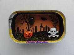 """""""Halloween"""" na latinha de sardinha"""