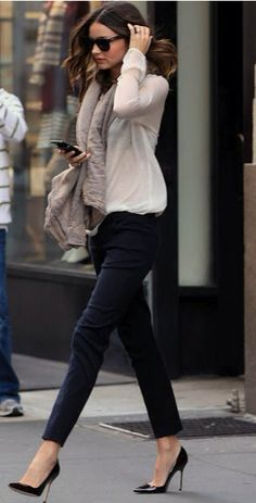 Miranda Kerr style. Stylish skinny pants, high heels and scarf.