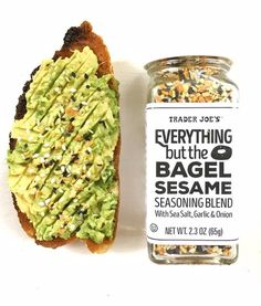 Great Ideas For Using Everything But The Bagel Seasoni is part of Food - Here are a few GREAT IDEAS for using the Seasoning that everyone is talking about! Trader Joe's 'Everything But The Bagel' Seasoning! Are you LOOKIN Clean Eating Snacks, Healthy Snacks, Healthy Eating, Eating Vegan, Vegetarian Recipes, Cooking Recipes, Healthy Recipes, Trader Joes Vegetarian, Easy Bread Recipes