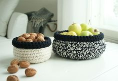 neovia house: DIY: Virkatut Korit / Crocheted Baskets