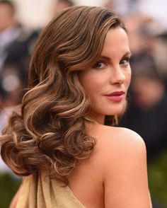 30 Amazing Curly Hairstyles That Are All About Texture  Kate Beckinsale's Super Subtle Highlights When you've already mastered perfect barrel waves like these, the golden highlights  that accent each little curl are just the frosting on top. We see you, girl.