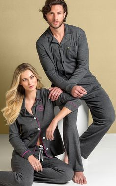 Cardigan with ribana trousers exclusive melange with contrasting details. Black Skirt Outfits, Twin Outfits, Winter Skirt Outfit, Couple Outfits, Matching Outfits, Casual Outfits, Couple Pajamas, Mens Sleepwear, Night Suit