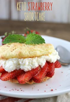A delicious #keto treat for the closing of summer. These strawberry shortcakes are packed full of fresh flavors! Shared via //www.ruled.me/