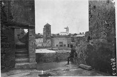 Medersa des Oudaïas  Vue prise d'une terrasse de la Medersa des Oudaïas  1916.05.19