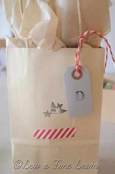 Cute Christmas wrapping ideas - some nice repurposed ideas.