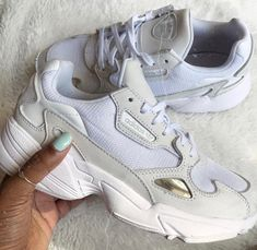 outlet store c4c7c 2f09f Nike Shoes, Sneakers Nike, Kylie Jenner, Nike Huarache, Balenciaga, Street  Wear