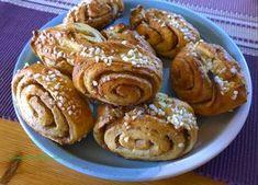 Gluteenitonta leivontaa: Perinteiset korvapuustit (finnois) Biscuits, Sweet Little Things, Gluten Free Baking, No Bake Desserts, Doughnut, French Toast, Muffin, Cookies, Breakfast
