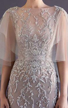 Love those sleeves paolo_sebastian_haute_couture Elegant Dresses, Pretty Dresses, Formal Dresses, Wedding Dresses, Beautiful Gowns, Beautiful Outfits, Dream Dress, Couture Fashion, Ideias Fashion