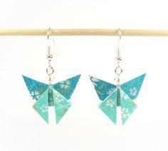 Boucles d'oreilles papillons en washi(n°1469). Paper Quilling Jewelry, Paper Jewelry, Paper Beads, Jewelry Crafts, Fabric Earrings, Paper Earrings, Diy Earrings, Origami Jewels, Origami Paper Art