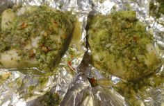 Fish in Foil: Fish fillets marinated in fresh coriander paste, wrapped in alluminium foil and cooked. Grilling Recipes, Fish Recipes, Healthy Recipes, Grill Meals, Foil Fish Recipe, Food For Pregnant Women, How To Make Fish, Fresh Coriander, Vegetarian Cooking