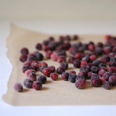 DIY: Sugared Cranberry Favors