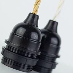 Lampenfassung Bakelitfassung Teilgewinde E27 Bakelit schwarz mit Klemmnippel: Amazon.de: Beleuchtung