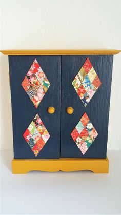 pr nom chloe personnalis en bois medium mdf et papier japonais washi couleurs de la boutique. Black Bedroom Furniture Sets. Home Design Ideas