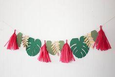 Tropical Baby Shower Garland, Hawaiian Tropical Banner, Tropical Birthday Decorations, Banana Leaf Garland, Tassel Garland, Luau Party
