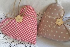 Decorative objects - two big hearts in a country house - style - a designer piece by Fe . Decorative objects – two big hearts in a country house style – a unique product by Feinerlei on Lavender Crafts, Lavender Bags, Valentine Decorations, Valentine Crafts, Valentines, Hobbies And Crafts, Diy And Crafts, Sewing Crafts, Sewing Projects