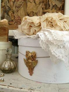 Gold Wing Cherub Plaque Hat Box