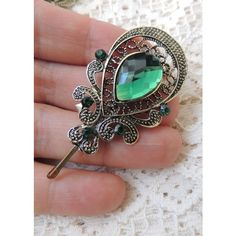 Sara Attali Charming Antique Decoreted Green Hair Clip (46 CAD) ❤ liked on Polyvore featuring accessories, hair accessories, green, barrette hair clips, green hair accessories, beaded hair clips, beaded hair accessories and metal hair clips