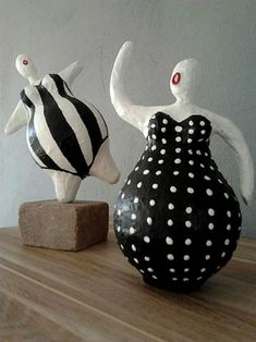 Ans Vink-paper-mache-clay-figures